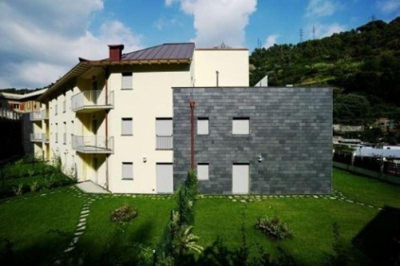 Bilocale Genova Via Varenna 2