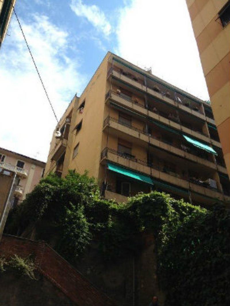 Bilocale Genova Via Pittaluga 1