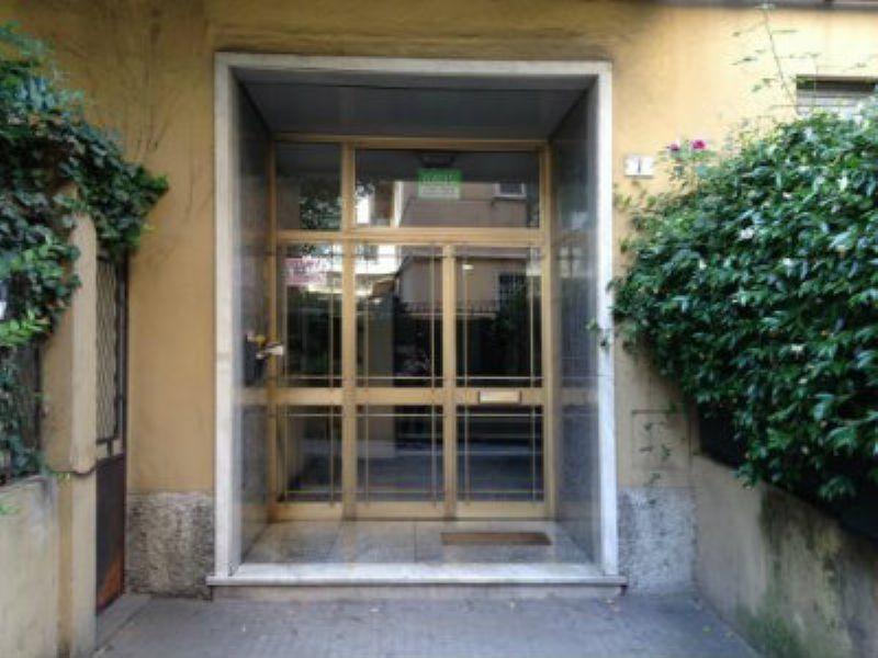 Bilocale Genova Via Pittaluga 2
