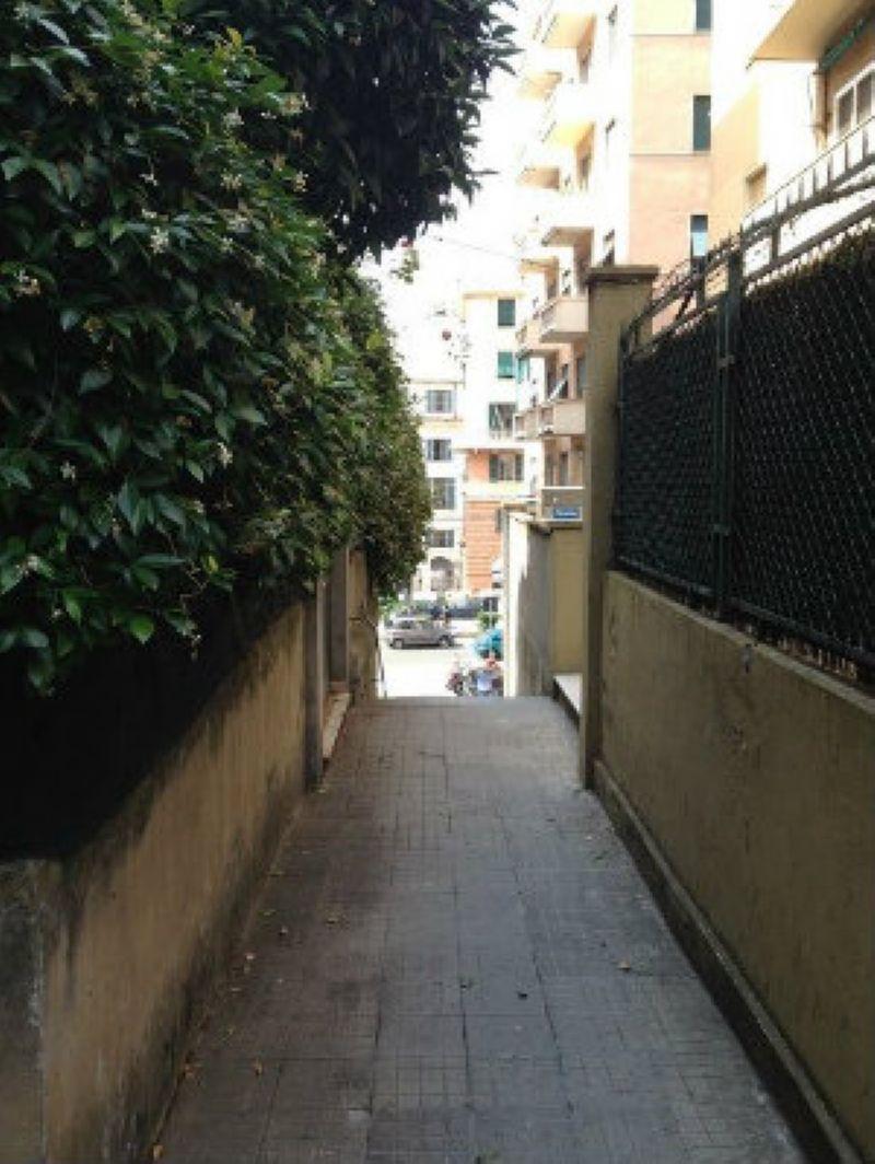 Bilocale Genova Via Pittaluga 4