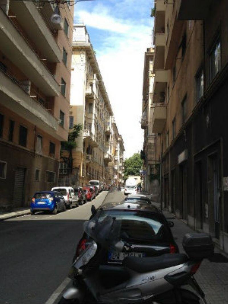Bilocale Genova Via Pittaluga 7