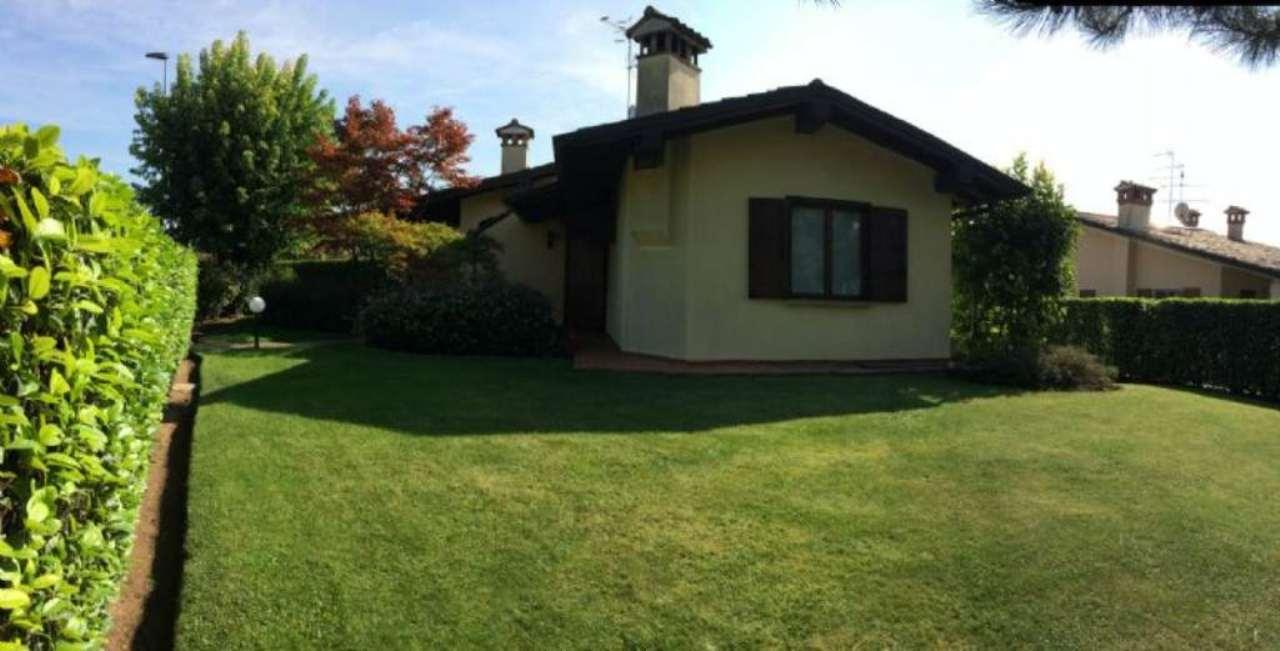 Villa in vendita a Calcinato, 6 locali, prezzo € 430.000 | Cambio Casa.it