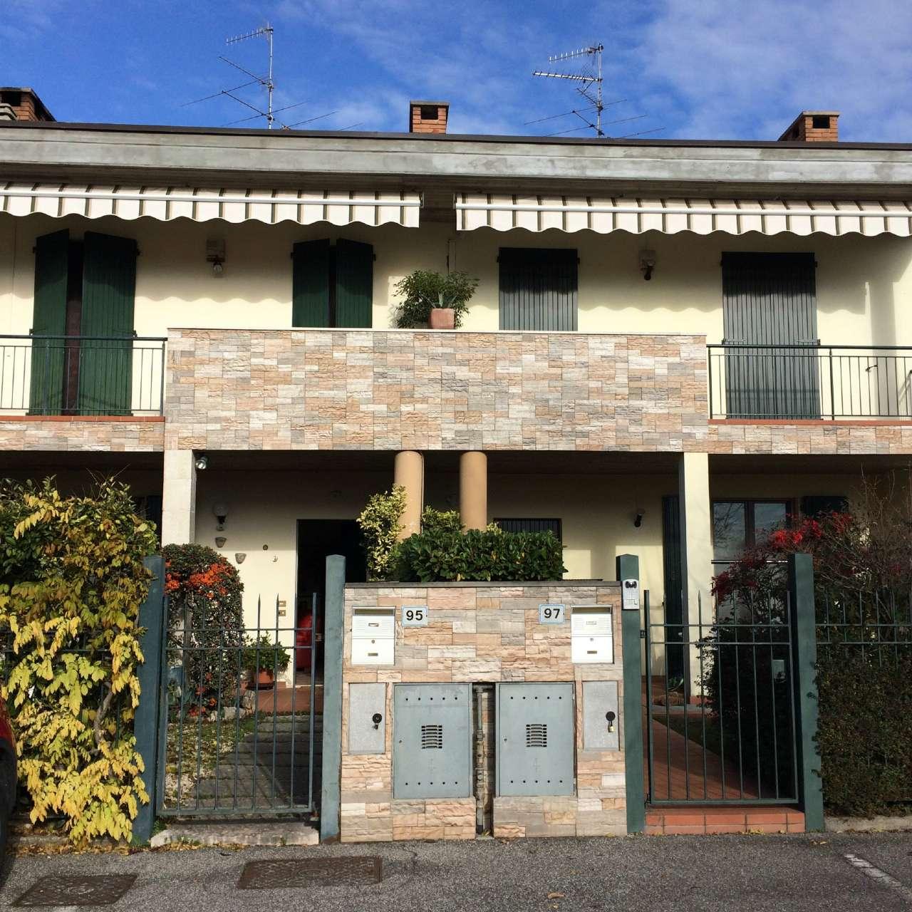 Soluzione Indipendente in vendita a Calcinato, 6 locali, prezzo € 200.000 | Cambio Casa.it