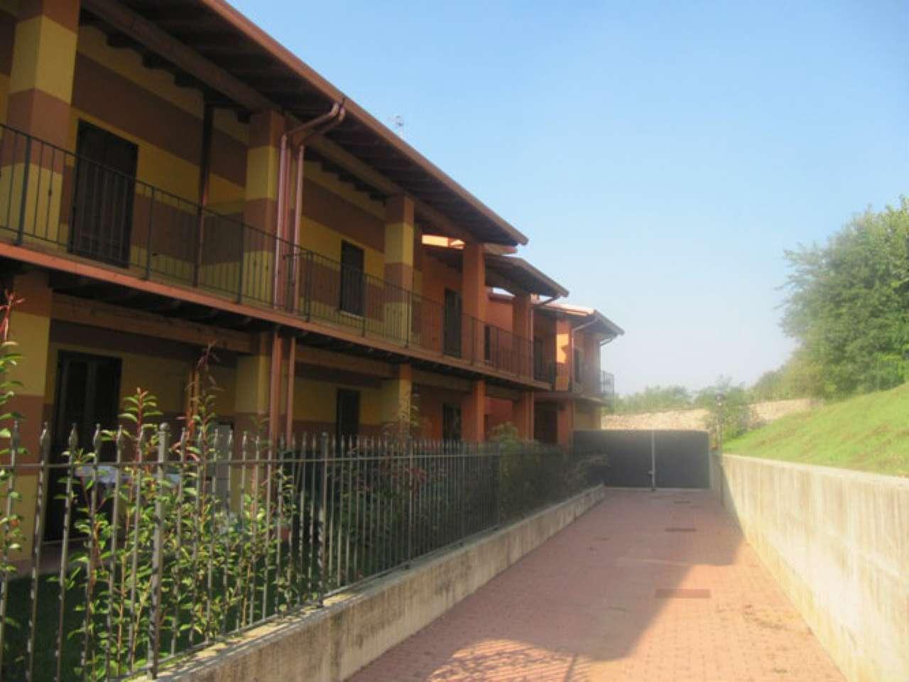 Appartamento in affitto a Calcinato, 3 locali, prezzo € 500 | Cambio Casa.it