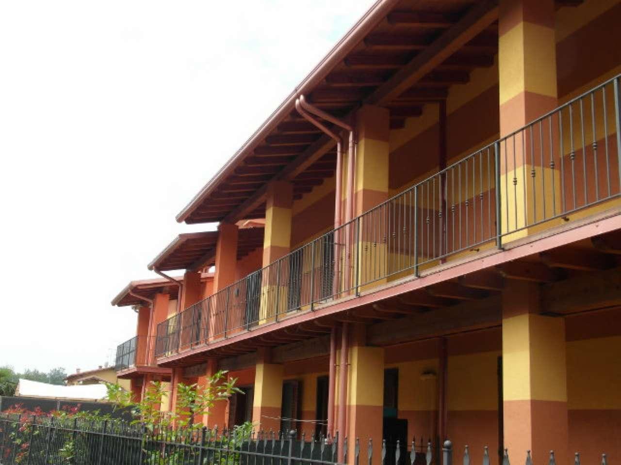 Appartamento in affitto a Calcinato, 3 locali, prezzo € 500 | CambioCasa.it