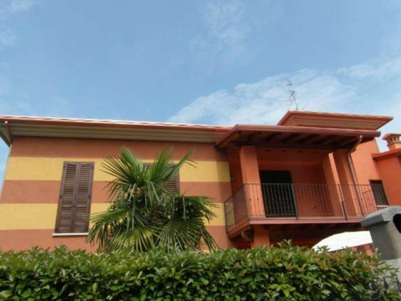 Appartamento in affitto a Calcinato, 2 locali, prezzo € 350 | Cambio Casa.it