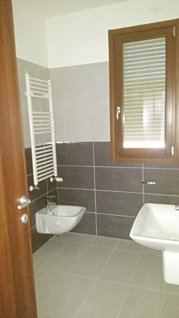 Bilocale Nova Milanese Via Roma 8