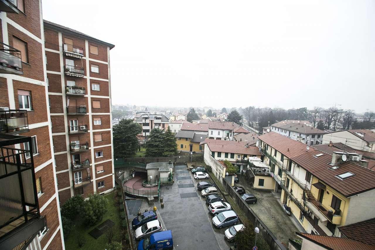 Bilocale Nova Milanese Via Doria 12