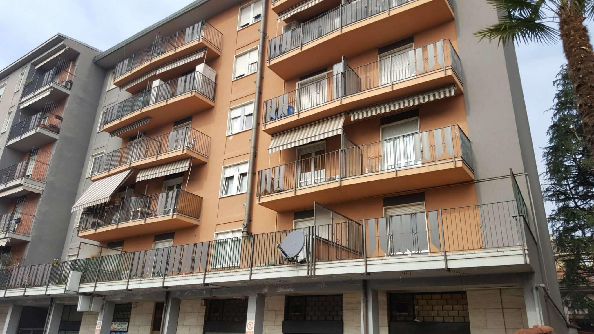 Appartamento in vendita a Macherio, 3 locali, prezzo € 129.000 | Cambio Casa.it