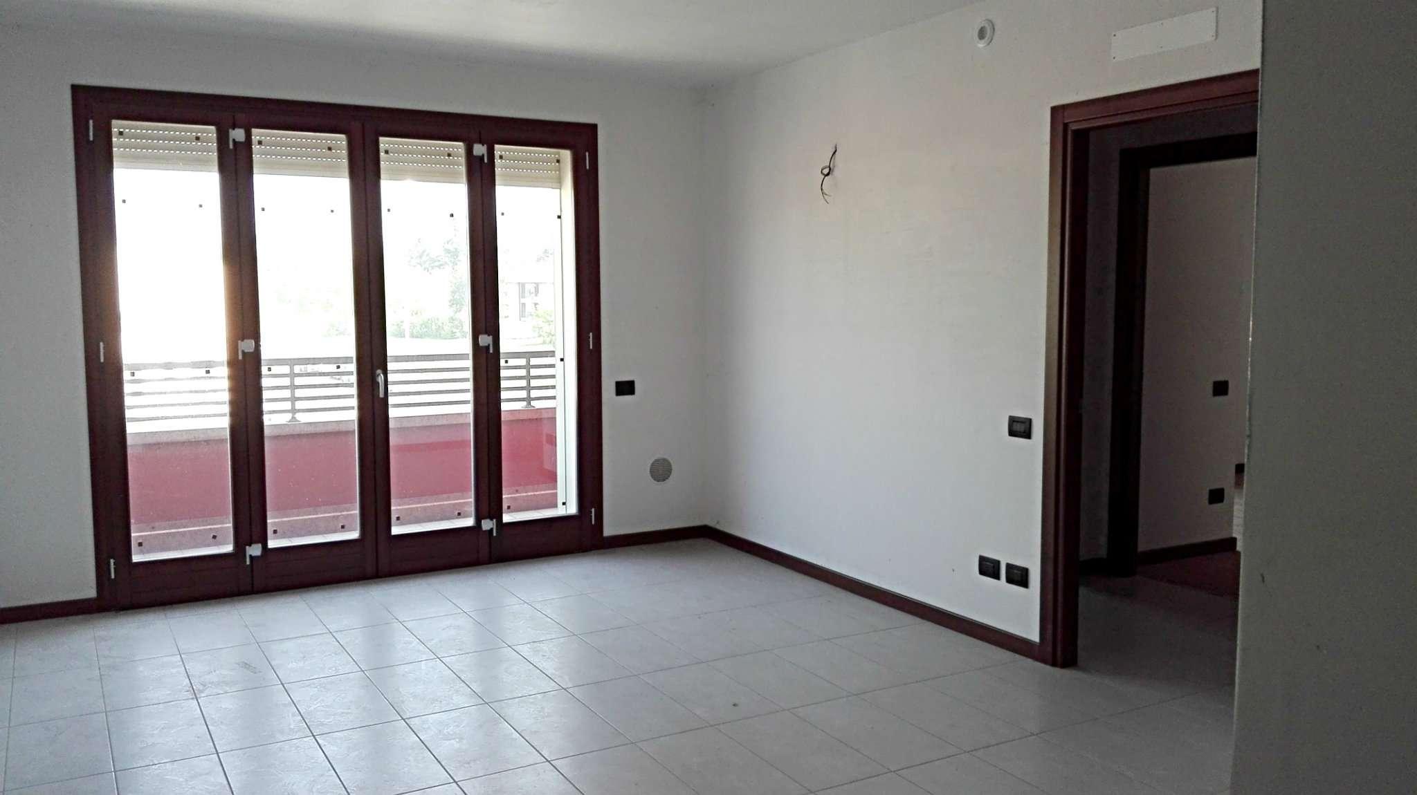 Appartamento in vendita a Nova Milanese, 4 locali, prezzo € 220.000 | CambioCasa.it