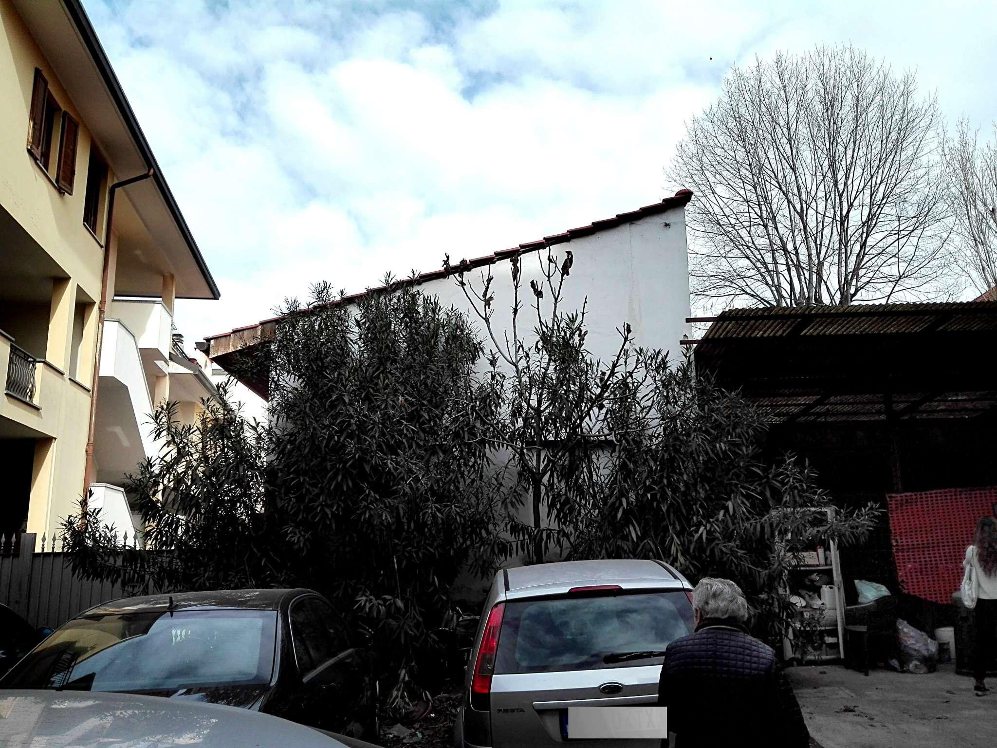 Nova Milanese Vendita STABILE / PALAZZO Immagine 3