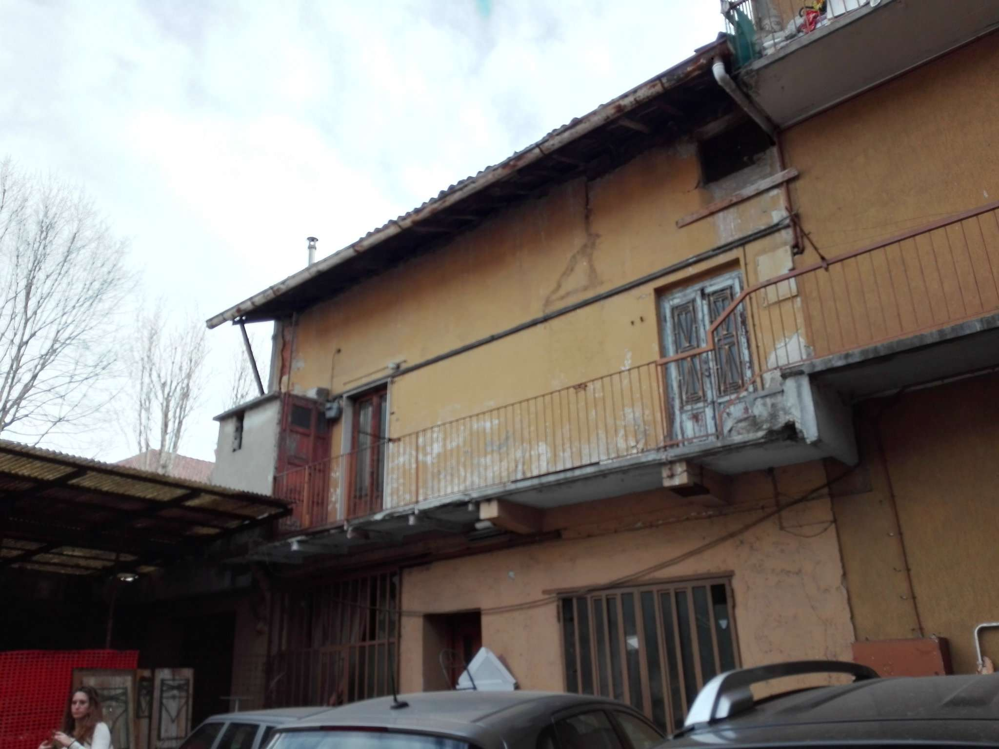 Nova Milanese Vendita STABILE / PALAZZO