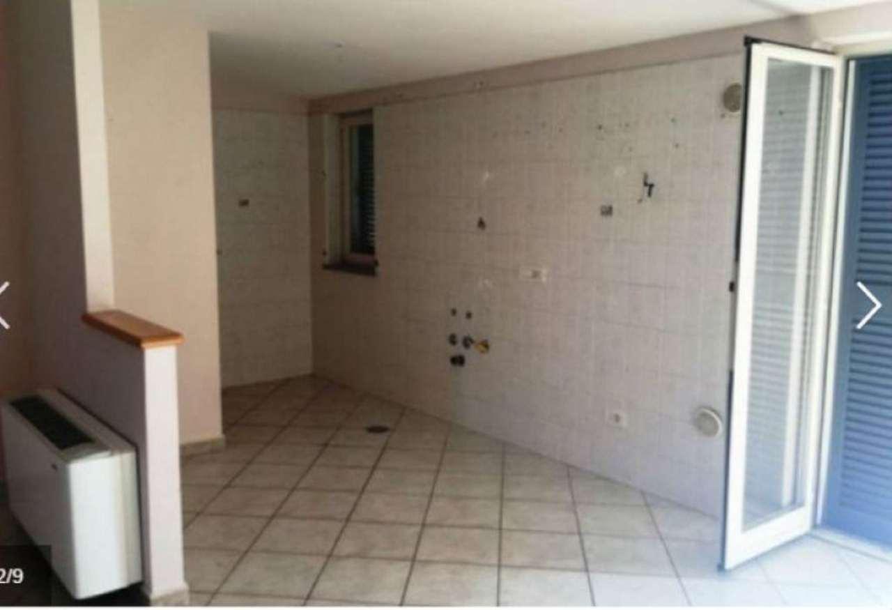 Appartamento in affitto a Marigliano, 3 locali, prezzo € 380 | Cambio Casa.it