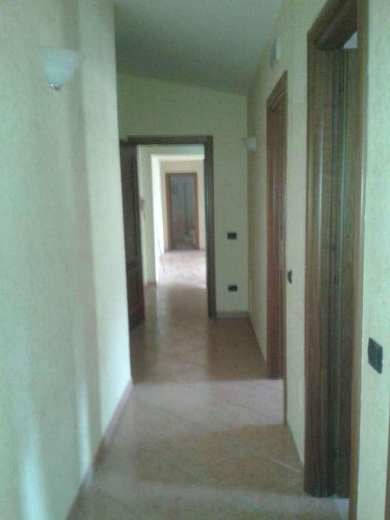 Appartamento in affitto a Marigliano, 3 locali, prezzo € 400 | Cambio Casa.it