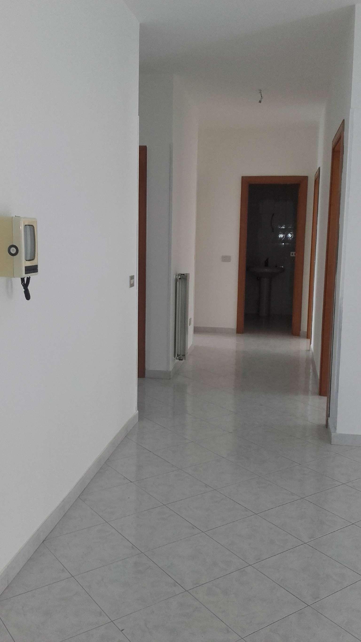 Appartamento in vendita a Marigliano, 4 locali, prezzo € 160.000   Cambio Casa.it