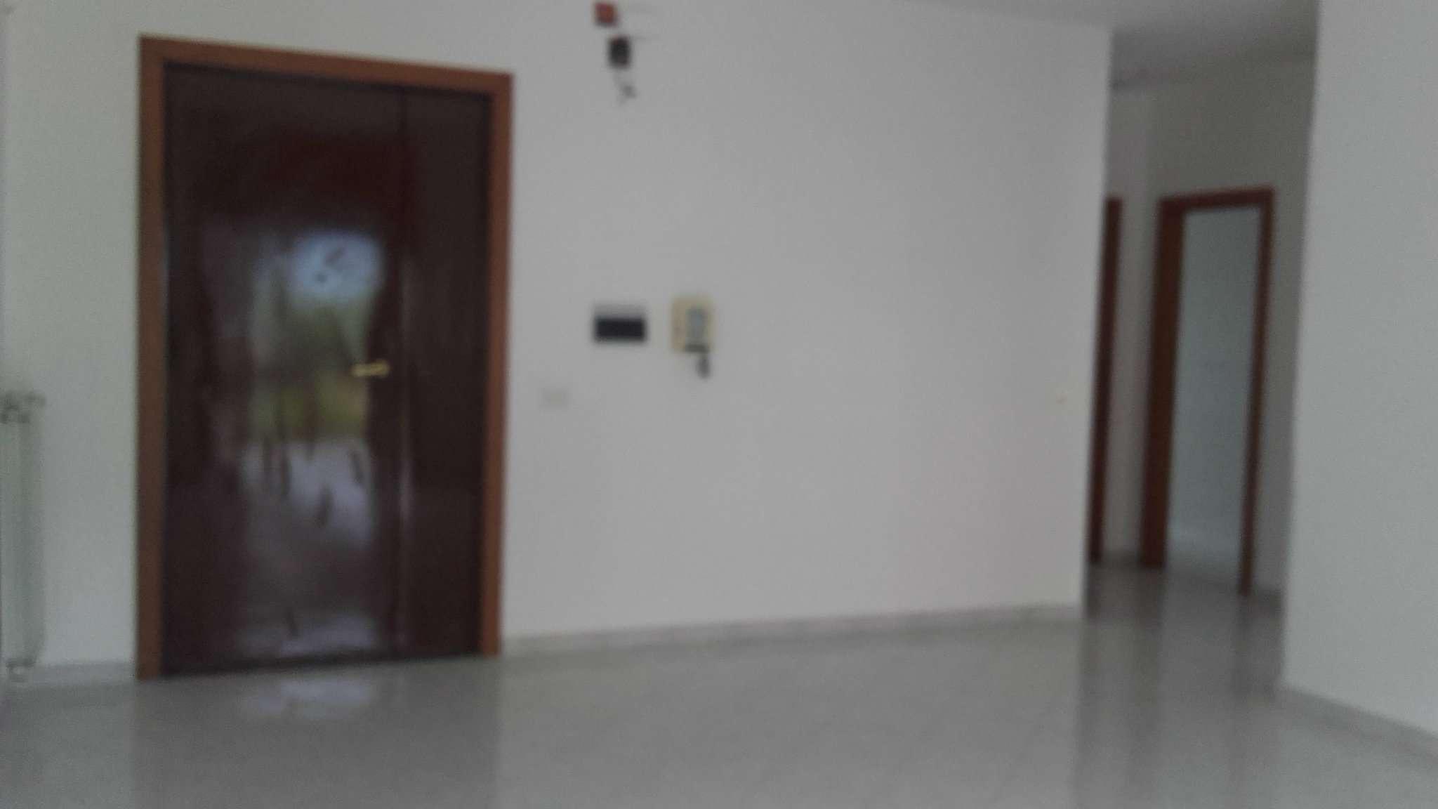 Appartamento in affitto a Mariglianella, 4 locali, prezzo € 500 | Cambio Casa.it