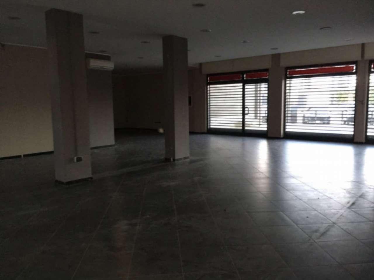 Negozio / Locale in affitto a San Vitaliano, 1 locali, prezzo € 3.000 | Cambio Casa.it