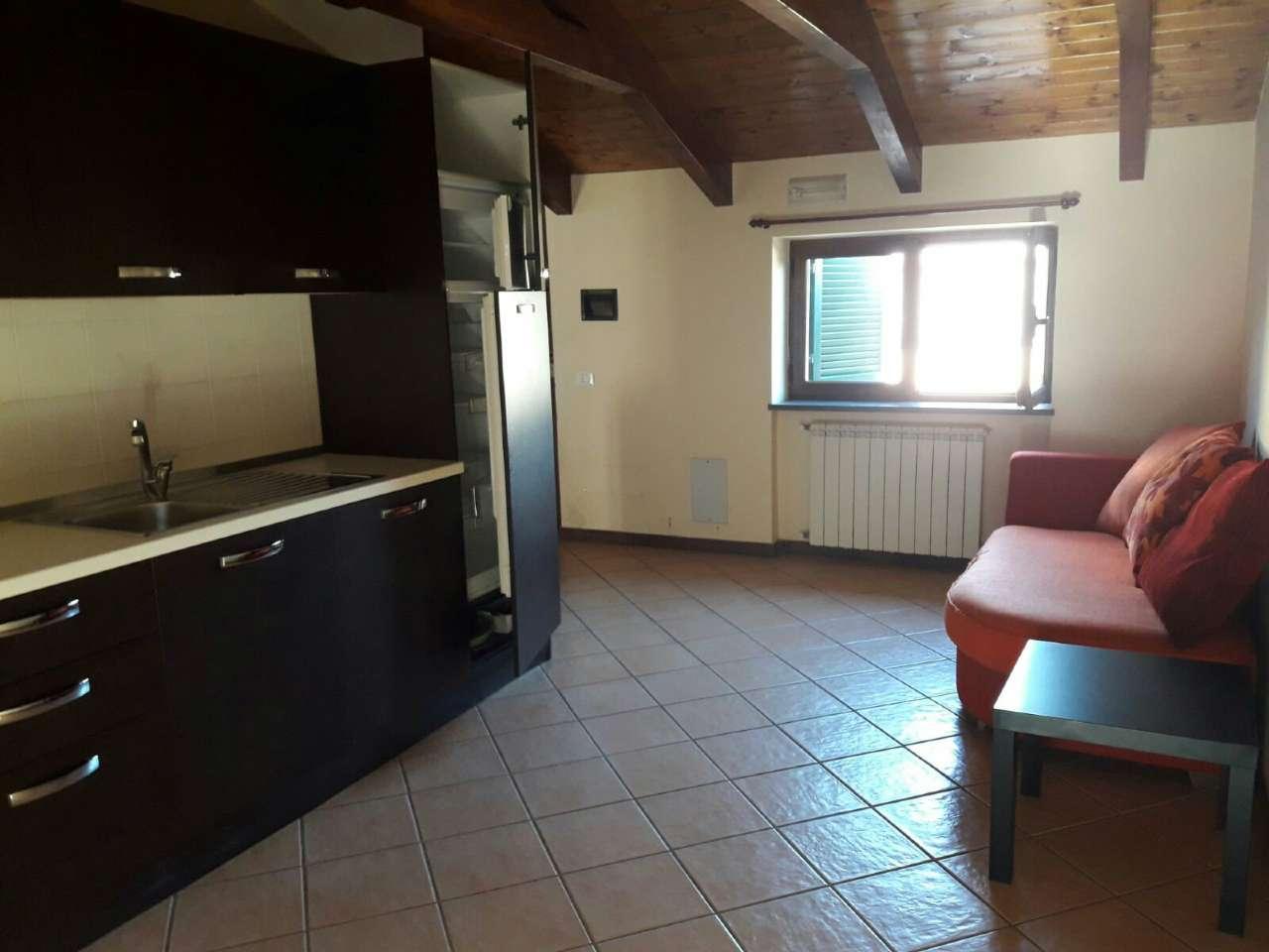 Attico / Mansarda in affitto a Marigliano, 2 locali, prezzo € 370 | Cambio Casa.it