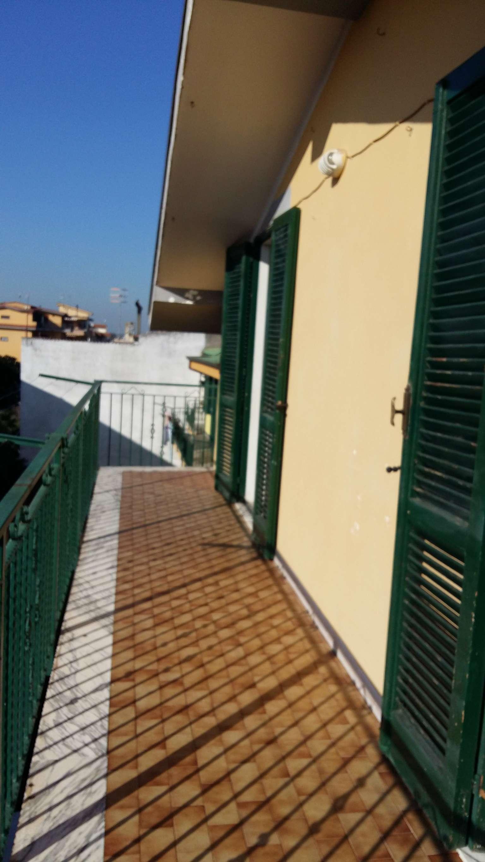 Attico / Mansarda in affitto a Brusciano, 3 locali, prezzo € 400 | Cambio Casa.it
