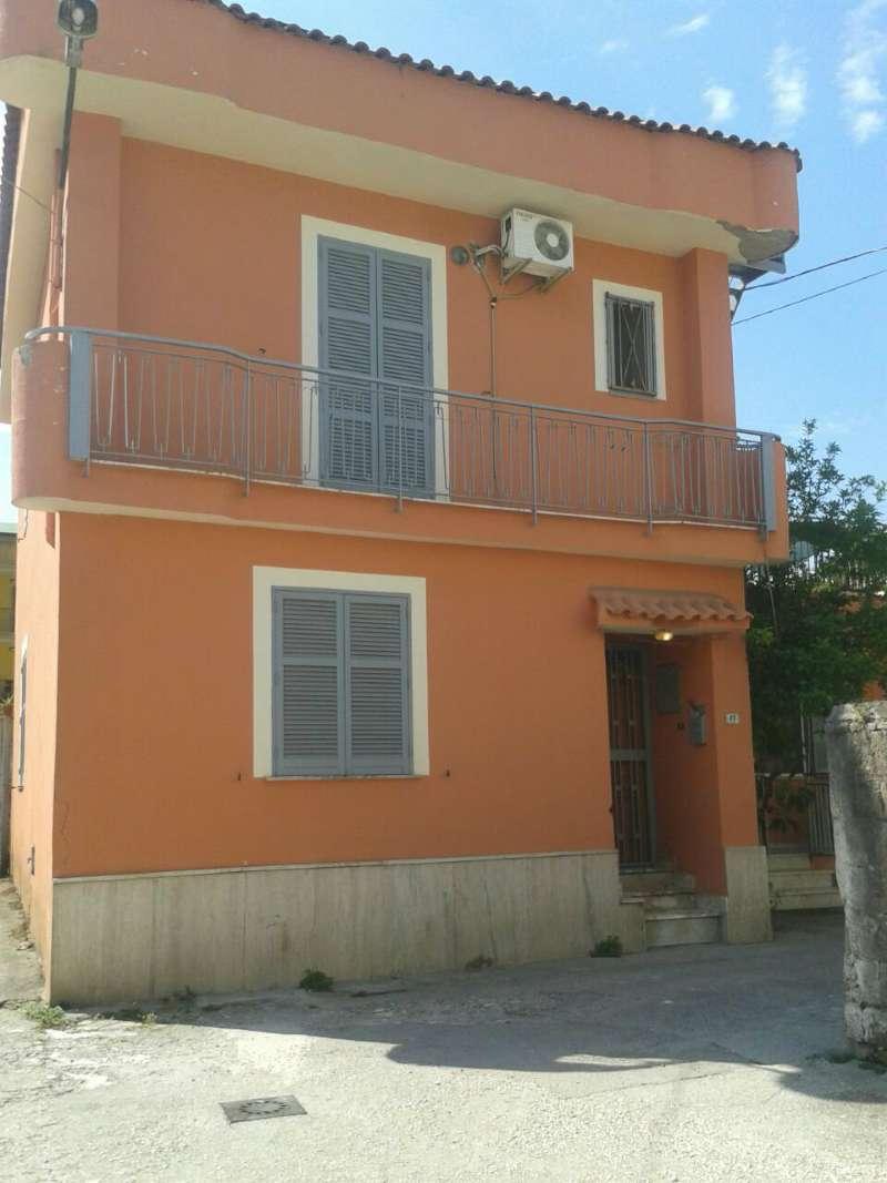 Soluzione Semindipendente in vendita a San Vitaliano, 5 locali, prezzo € 135.000   Cambio Casa.it