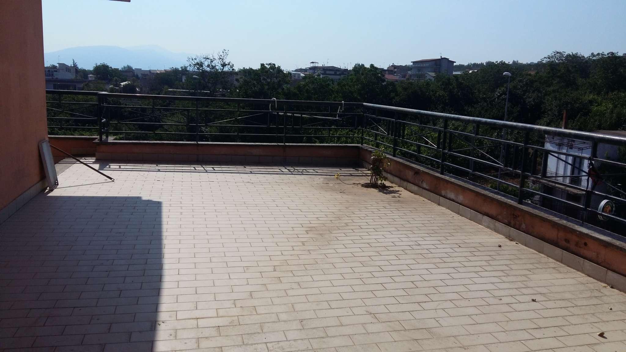 Appartamento in vendita a Somma Vesuviana, 7 locali, prezzo € 350.000 | CambioCasa.it