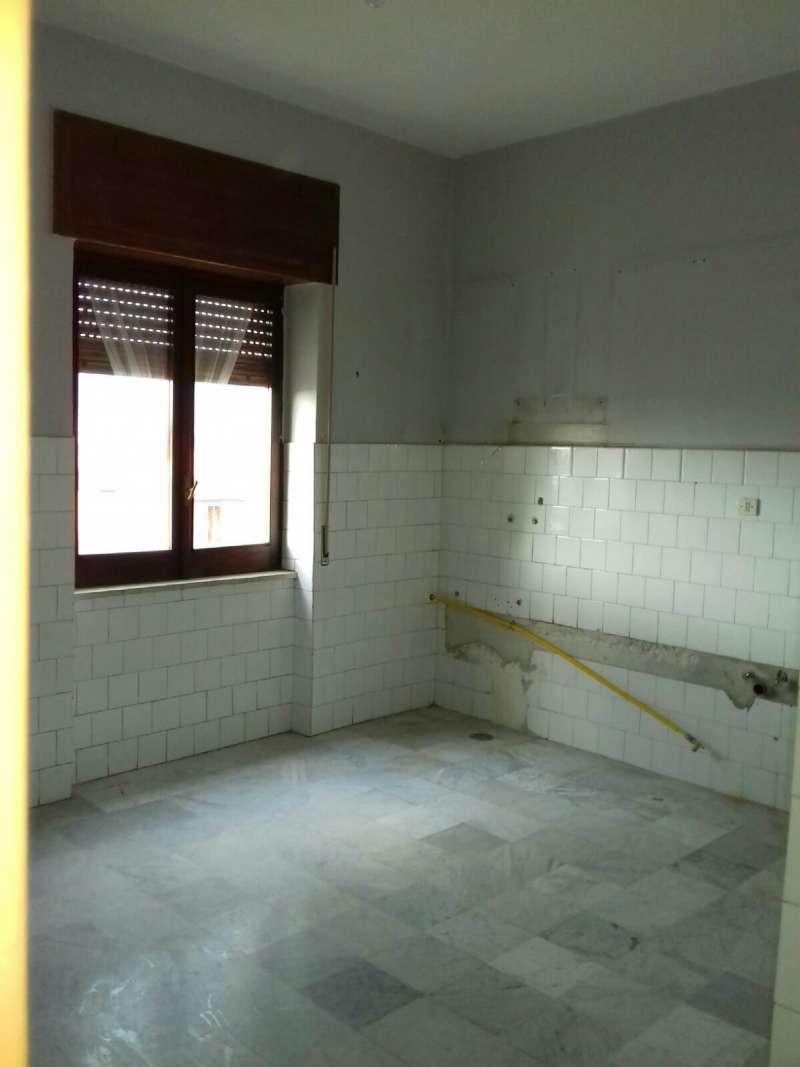 Appartamento in affitto a Mariglianella, 3 locali, prezzo € 350 | CambioCasa.it