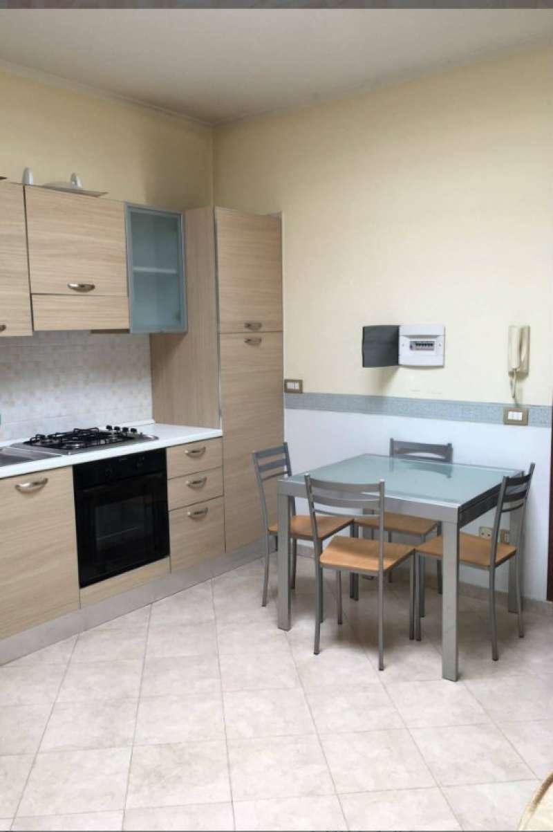 Appartamento in affitto a Mariglianella, 2 locali, prezzo € 350 | CambioCasa.it