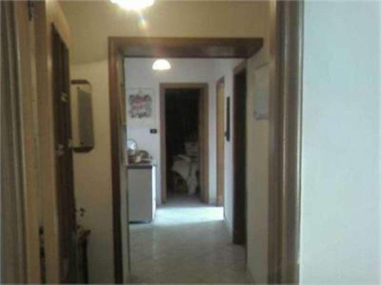 Appartamento in vendita a Marigliano, 4 locali, prezzo € 120.000 | Cambio Casa.it