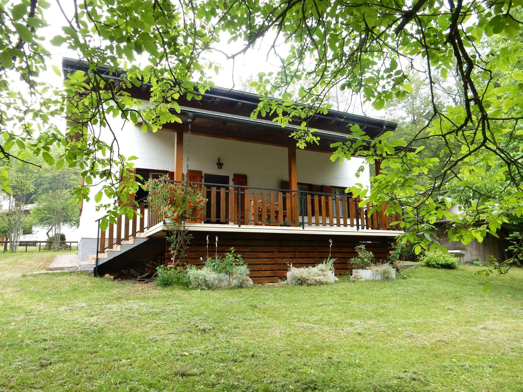 Soluzione Indipendente in vendita a Arco, 7 locali, Trattative riservate | Cambio Casa.it
