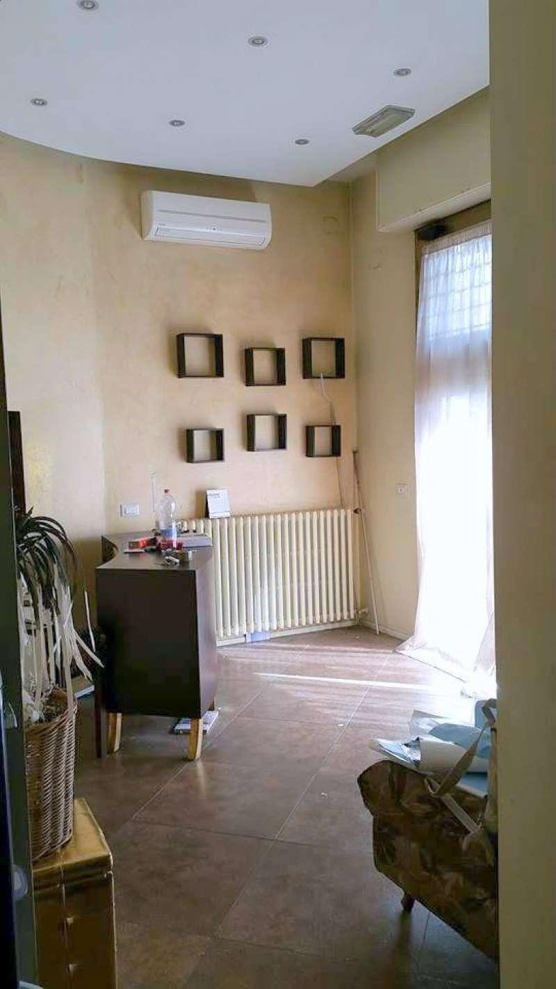 Negozio / Locale in vendita a Prato, 8 locali, prezzo € 135.000 | CambioCasa.it