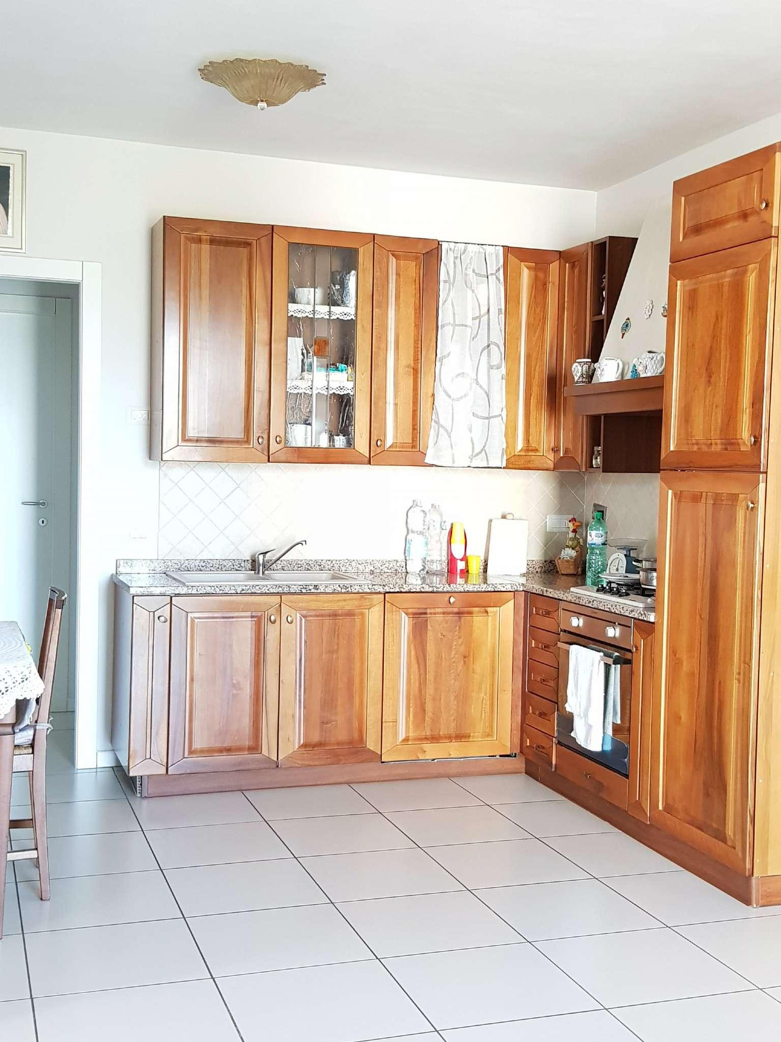 Appartamento in vendita a Montemurlo, 2 locali, prezzo € 150.000 | CambioCasa.it