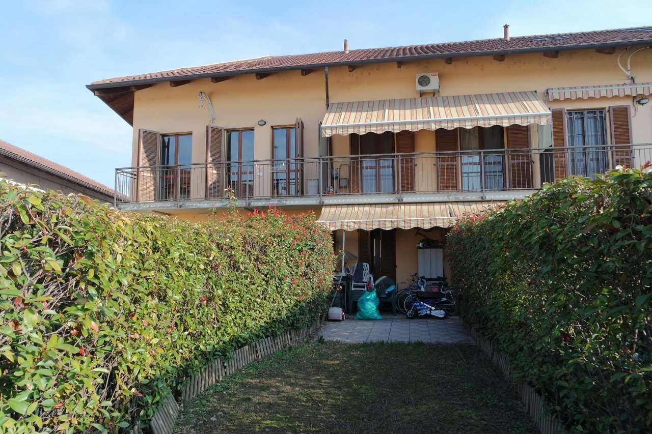Foto 1 di Villa a Schiera strada  Villaretto, Torino (zona Barriera Milano, Falchera, Barca-Bertolla)