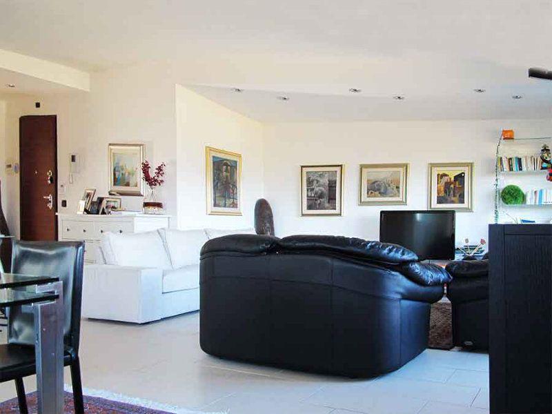 Appartamento in vendita a L'Aquila, 4 locali, prezzo € 290.000 | Cambio Casa.it