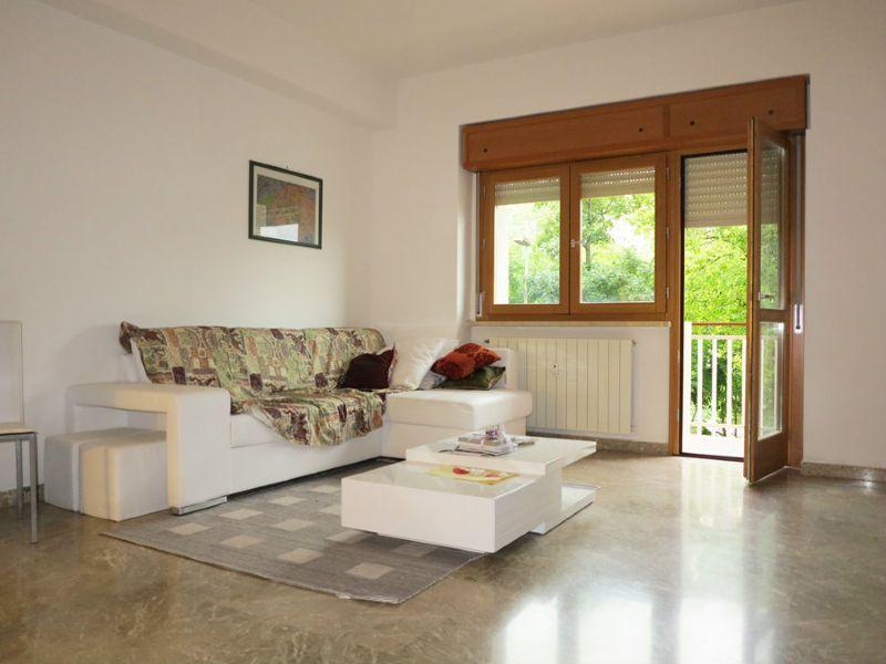 Appartamento in vendita a L'Aquila, 5 locali, prezzo € 235.000 | Cambio Casa.it