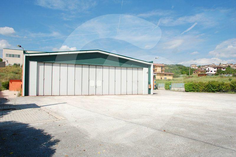 Capannone in vendita a San Demetrio ne' Vestini, 1 locali, prezzo € 500.000 | Cambio Casa.it