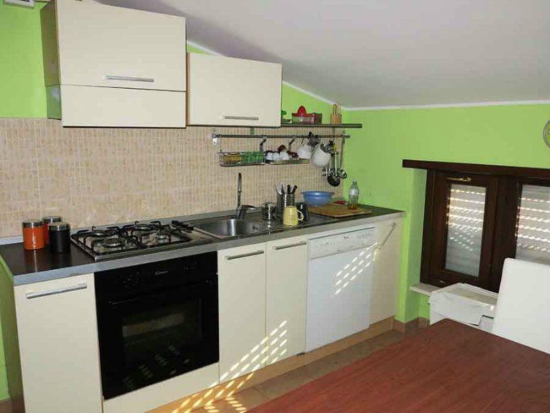Appartamento in vendita a L'Aquila, 4 locali, prezzo € 110.000 | Cambio Casa.it