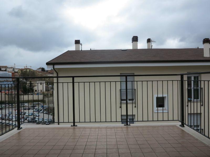 Appartamento in vendita a L'Aquila, 4 locali, prezzo € 200.000 | Cambio Casa.it
