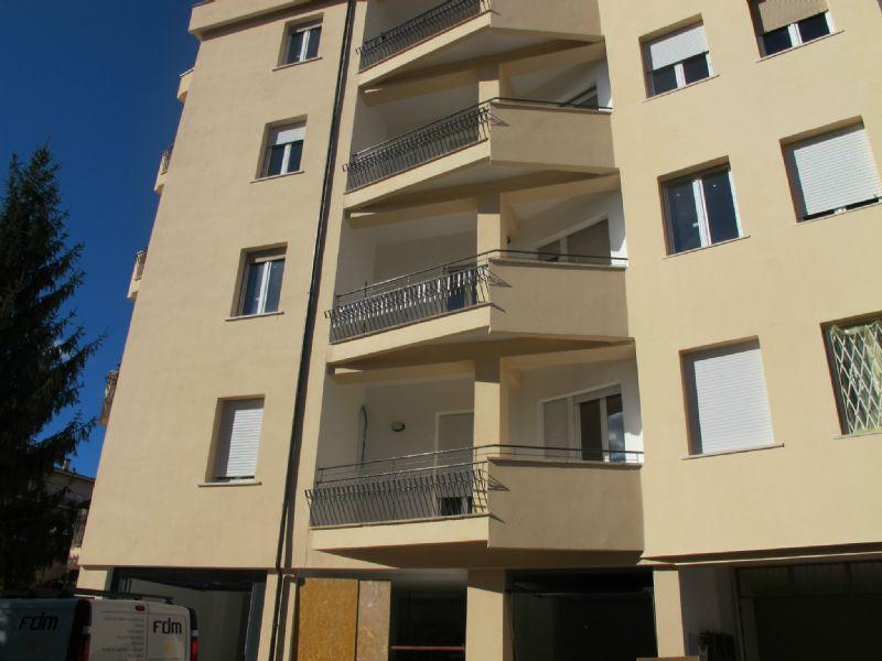 Ufficio / Studio in affitto a L'Aquila, 5 locali, prezzo € 700 | Cambio Casa.it