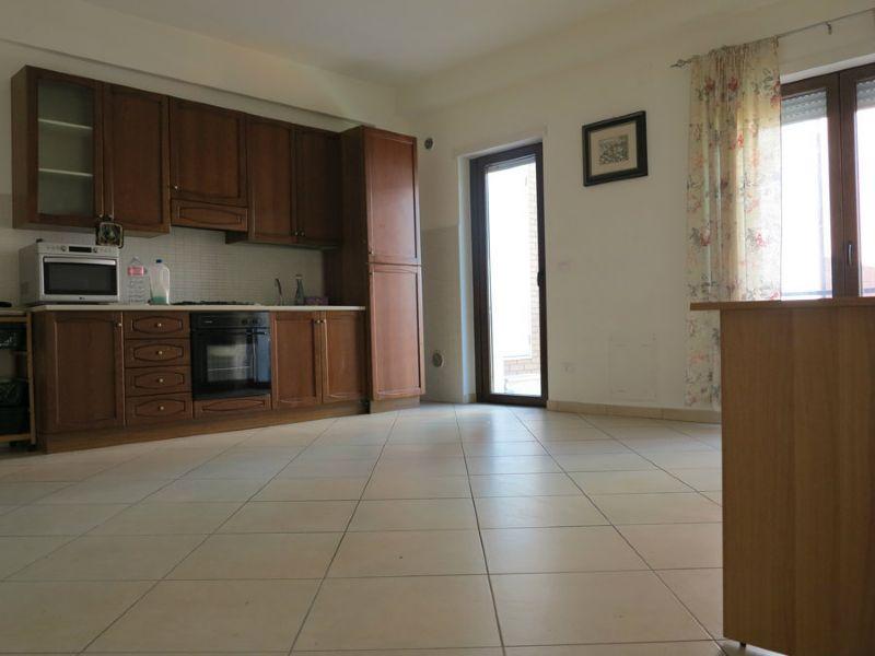 Appartamento in vendita a L'Aquila, 3 locali, prezzo € 130.000 | Cambio Casa.it