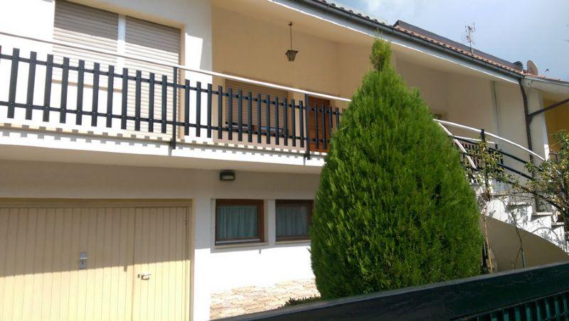 Villa a Schiera in vendita a L'Aquila, 7 locali, prezzo € 210.000 | Cambio Casa.it