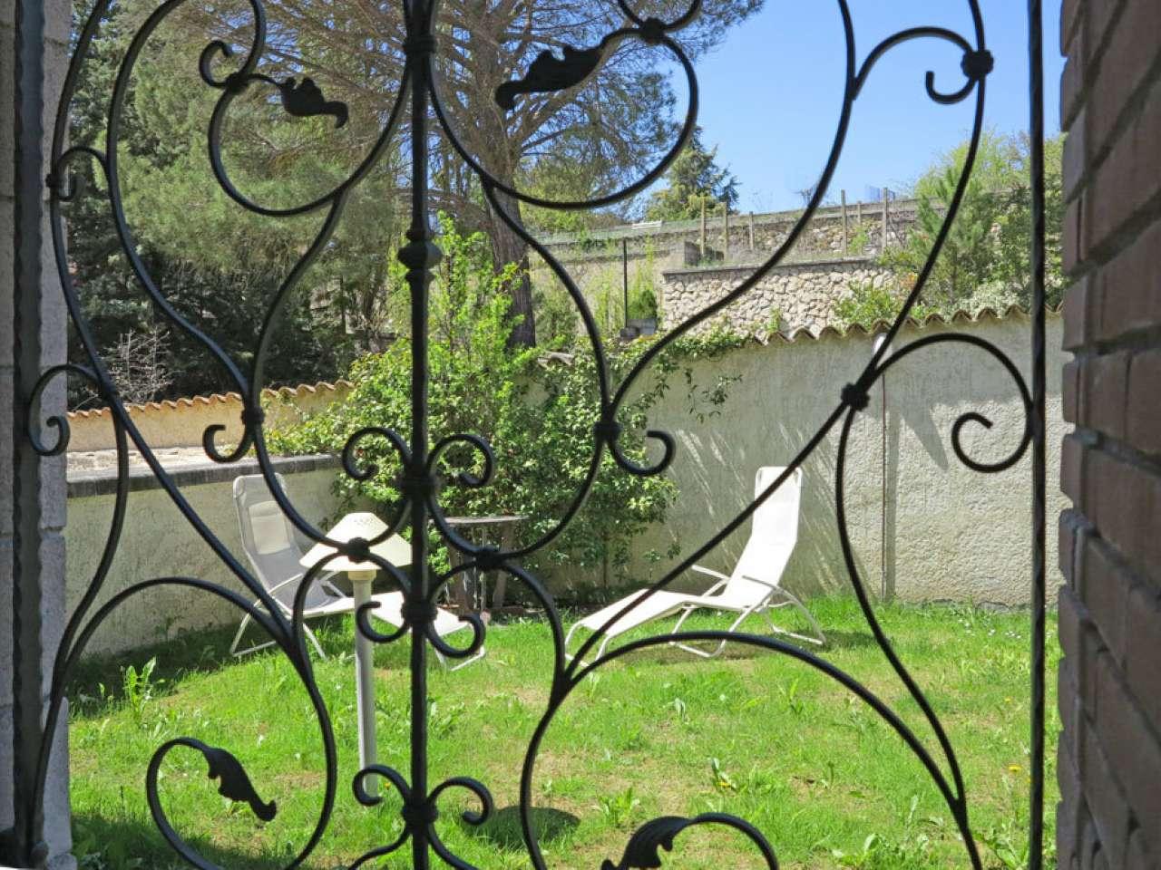 Villa in vendita a L'Aquila, 8 locali, prezzo € 490.000 | CambioCasa.it