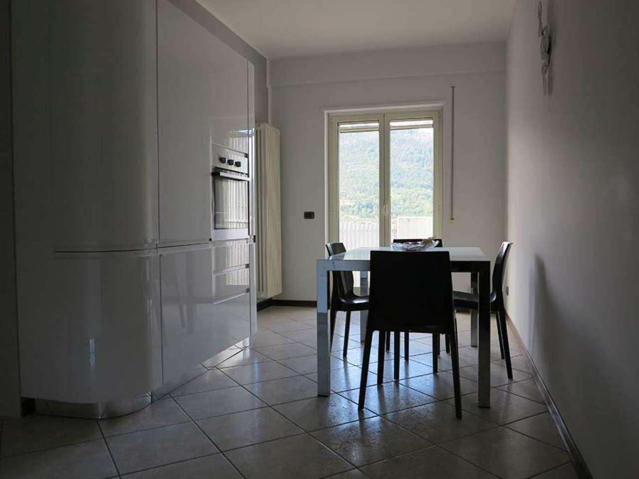 Appartamento in vendita a L'Aquila, 4 locali, prezzo € 235.000 | CambioCasa.it