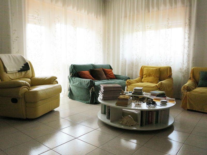Appartamento in vendita a L'Aquila, 6 locali, prezzo € 260.000 | Cambio Casa.it