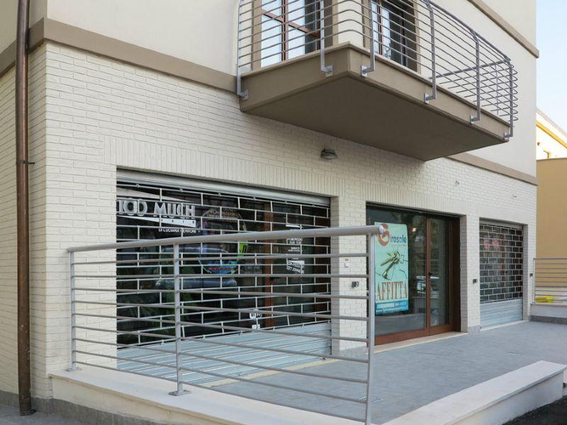 Negozio / Locale in affitto a L'Aquila, 1 locali, prezzo € 700 | Cambio Casa.it