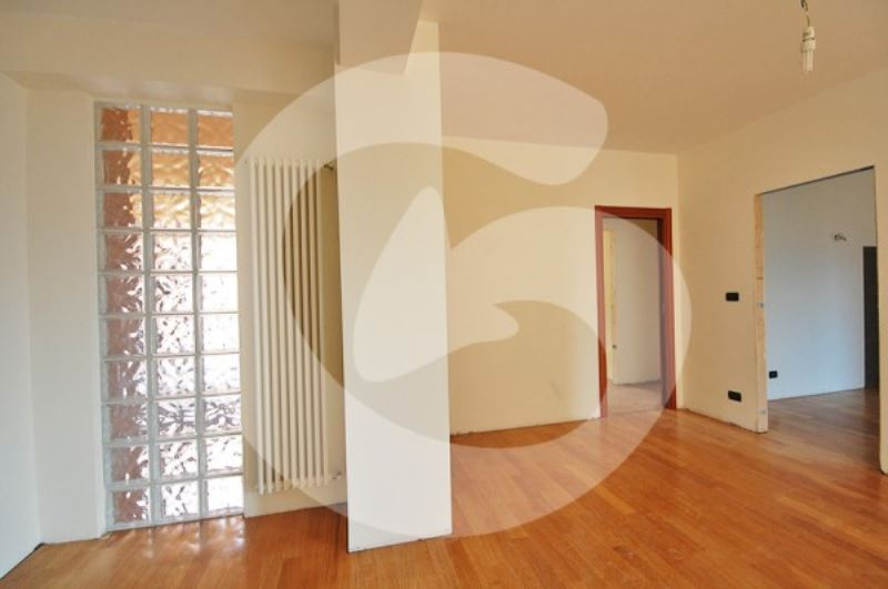 Appartamento in vendita a L'Aquila, 4 locali, Trattative riservate | Cambio Casa.it