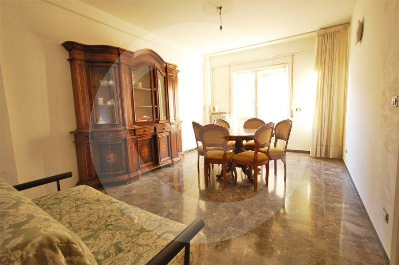 Appartamento in vendita a L'Aquila, 5 locali, prezzo € 195.000 | Cambio Casa.it
