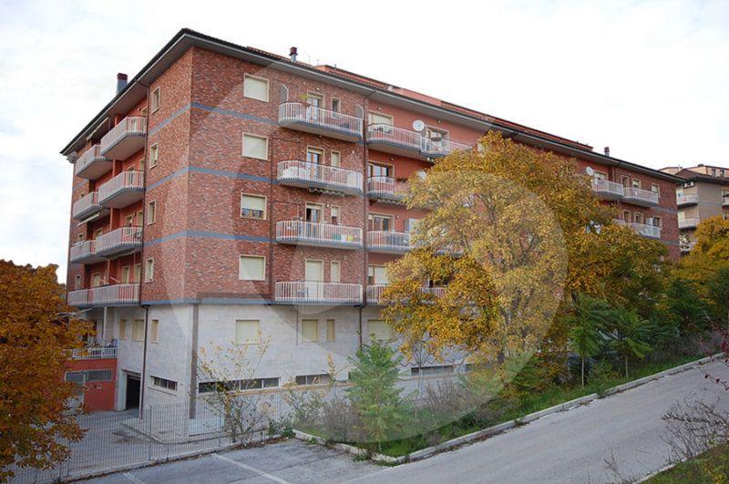 Appartamento in vendita a L'Aquila, 5 locali, prezzo € 260.000   Cambio Casa.it