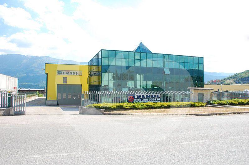 Capannone in vendita a L'Aquila, 15 locali, prezzo € 2.200.000 | Cambio Casa.it