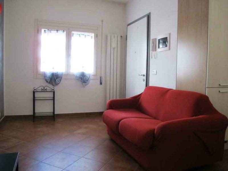 Appartamento in vendita a L'Aquila, 2 locali, prezzo € 60.000 | CambioCasa.it