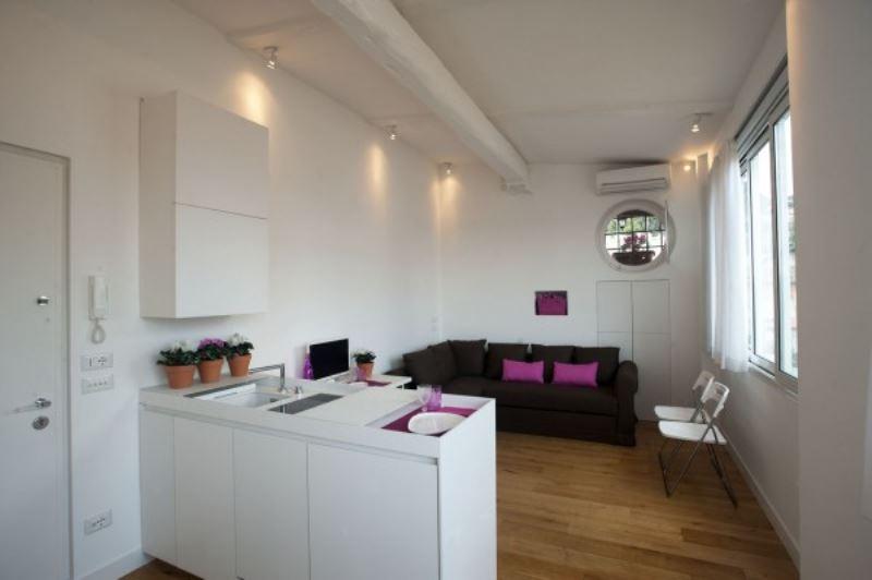 Appartamento monolocale in vendita a roma via del babuino for Monolocale vendita roma centro